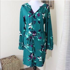 NWT Merona green floral long sleeve tie waist